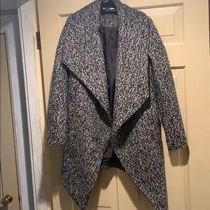 H&M winter coat gray/black size 2